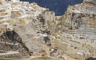 blackstone-background-quarry-marble